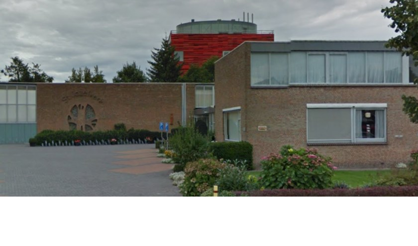 De Sint Jozefkerk waar de voorstelling van KBO Ruwaard wordt gehouden. (foto: Google Maps)