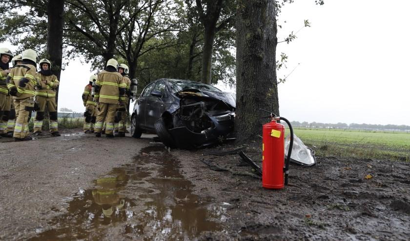 Automobilist gewond bij eenzijdige aanrijding in Landhorst.