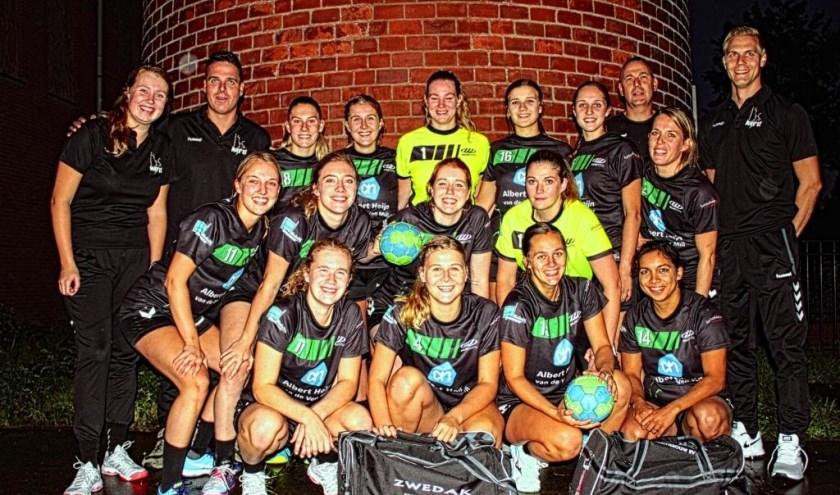 De dames van MHV'81 zijn na twee speelronden medekoploper in de Tweede Divisie.