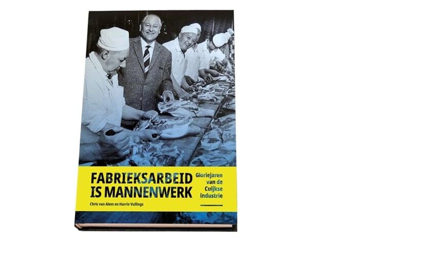 Boek 'Fabrieksarbeid is mannenwerk' is vanaf heden verkrijgbaar.