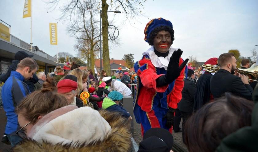Sint en zijn Pieten kwamen vorige week al in Volkel langs.