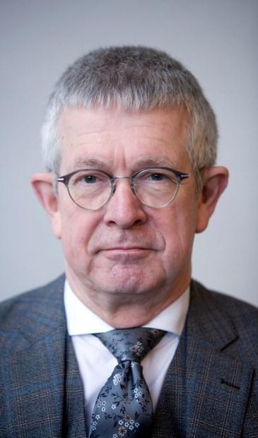 Prof. dr. Paul Frissen is de nieuwe voorzitter van de Raad van Toezicht van Dichterbij.