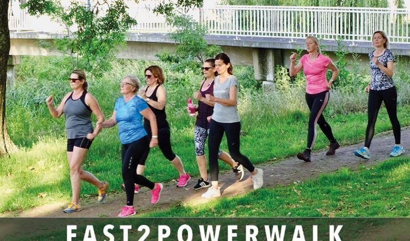 """""""2PowerWalk is een gezellige actieve bezigheid die goed is voor je conditie."""" 2Power-klant Rian."""