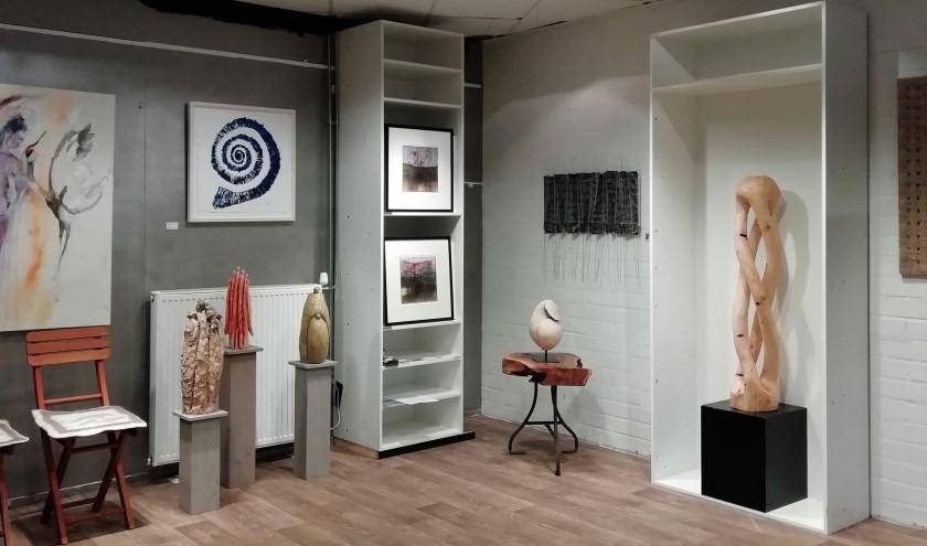 Kunstcollectief Kunstkolk opent pop-up galerie in Kloostertuin.