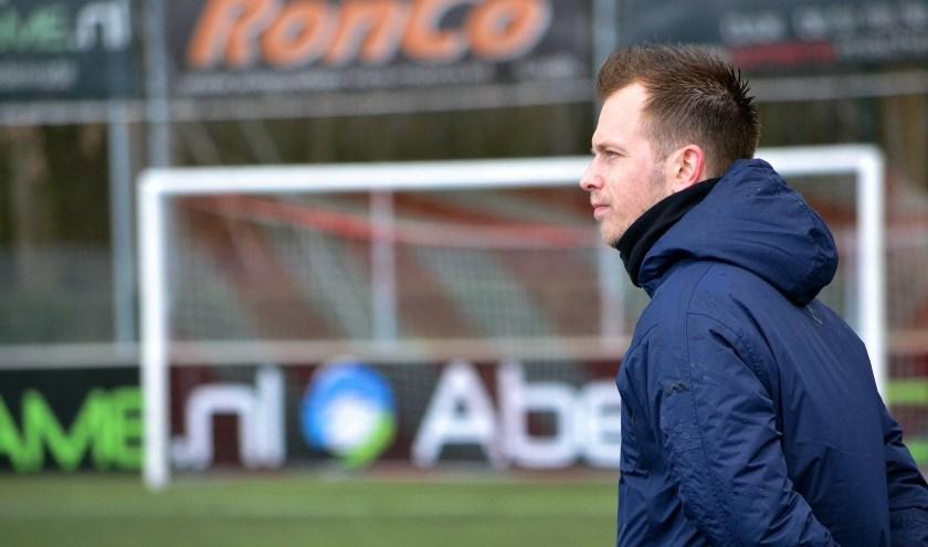 JVC Cuijk-trainer Dennis Straatman