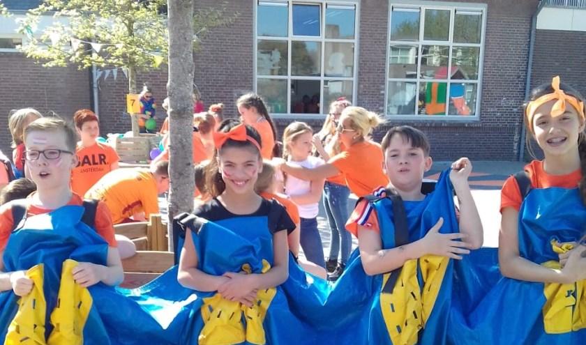 Koningsspelen op Basisschool De Teugelaar.