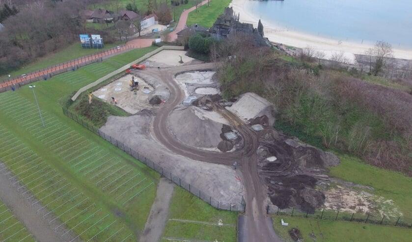 Het begin van de bouw van het nieuwe speelgebied