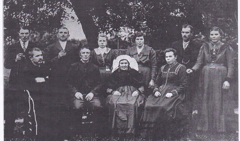 Een foto uit het jubileumboek van de familie Van Boxtel in 1920.