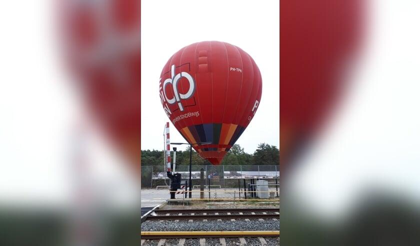 Een luchtballon maakte een noodlanding in Molenhoek.