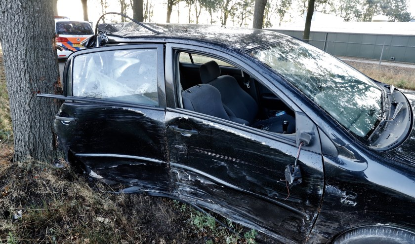 Automobilist gewond op De Quayweg in Landhorst.