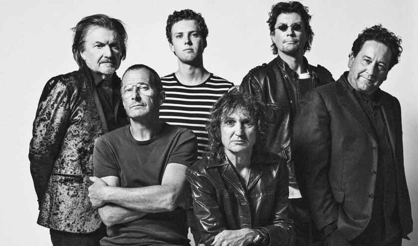 Achter die nieuwe naam schuilen de bands The Mission Blues Band en Goofy and The Regulars.