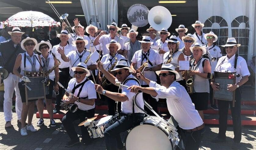 Het Streetparade Orkest Veghel houdt er bijna mee op.
