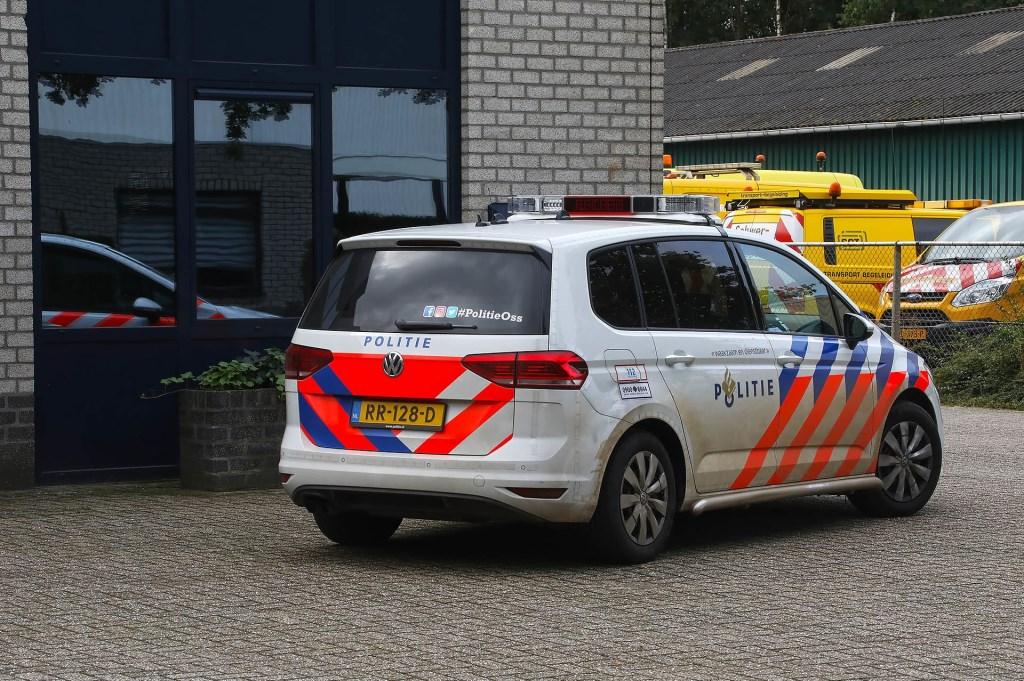 Grote hoeveelheid gestolen auto-onderdelen aangetroffen in Oss' pand. (Foto: Gabor Heeres / Foto Mallo)  © 112 Brabantnieuws