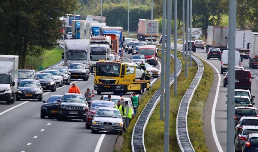 Vijf auto's op elkaar gebotst op de A73.