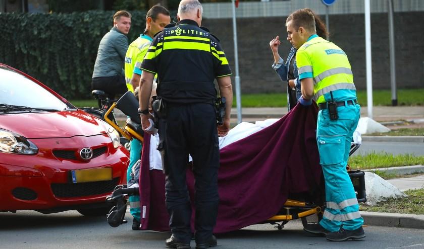 Opnieuw ongeval op kruising Wethouder van Eschstraat / Zonnebloemstraat. (Foto: Gabor Heeres / Foto Mallo)