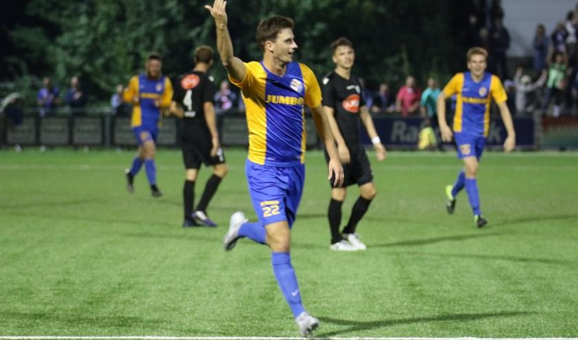 Danny Verbakel was de maker van de 1-0 voor Blauw Geel'38/Jumbo