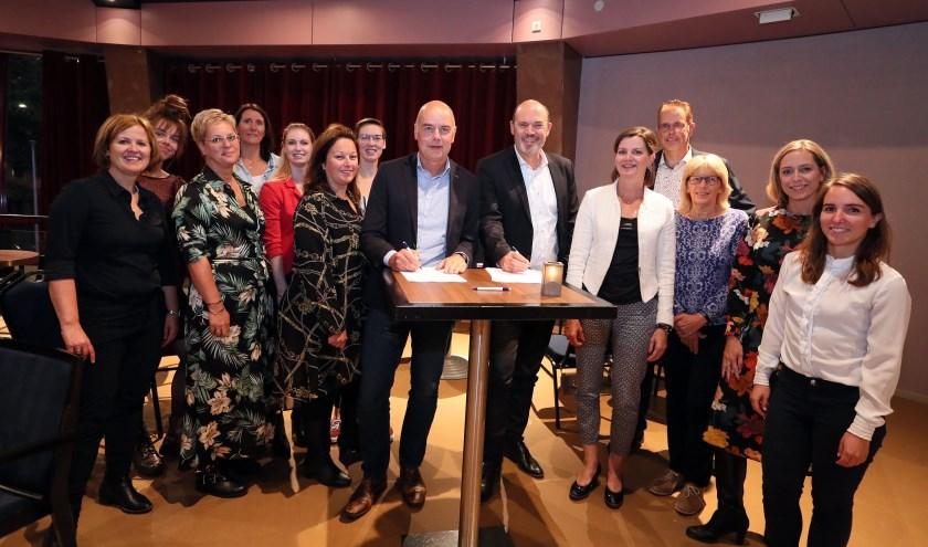 Ondertekening sponsorovereenkomst Rabobank Oss Bernheze in en met De Lievekamp (foto: Hans van der Poel).