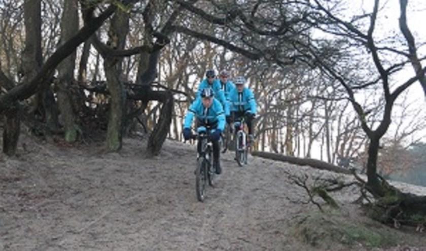 De tocht gaat langs de Bedafse Bergen, Maashorst en Slabroek.