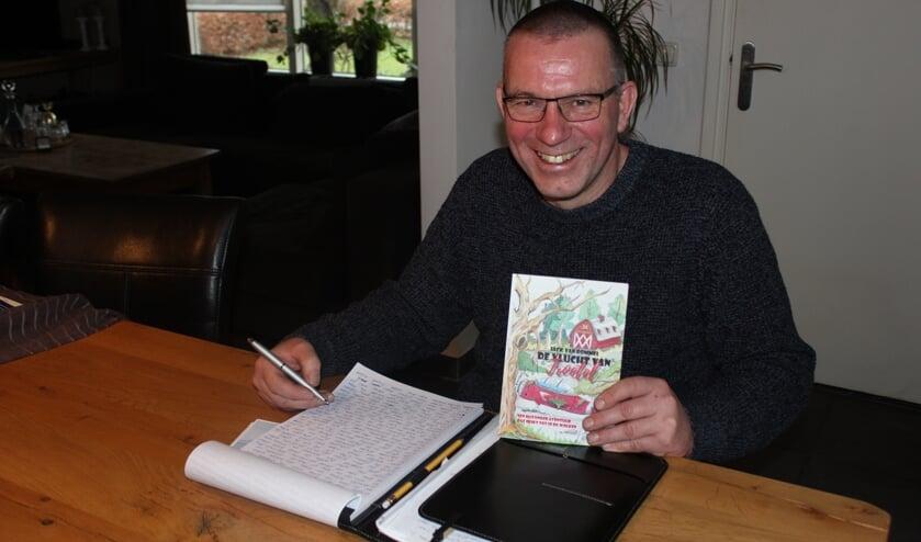 Jack is alweer bezig met zijn volgende boek. (foto: Wendy van Lijssel)