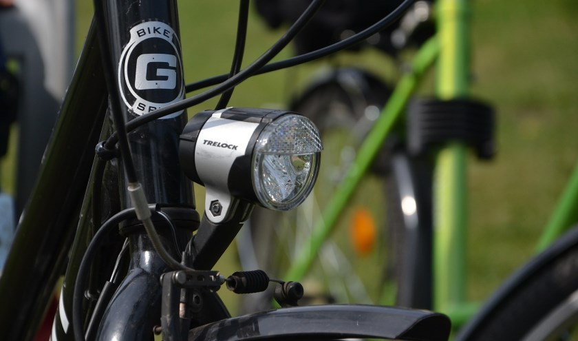 BOA's Boxmeer gaan handhaven op fietsers in voetgangerszone.