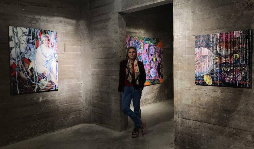 <p>Hanneke schildert voornamelijk onderwerpen van grote meesters.</p>