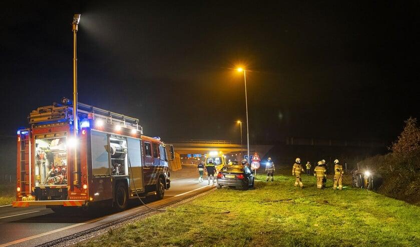 Twee mannen gewond bij ongeval bij knooppunt Paalgraven. (Foto: Gabor Heeres, Foto Mallo)