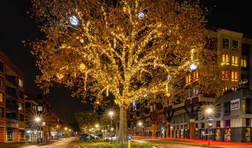 <p>Het verlichte Udense centrum levert mooie plaatjes op. (foto: Ronald Strijbosch)</p>
