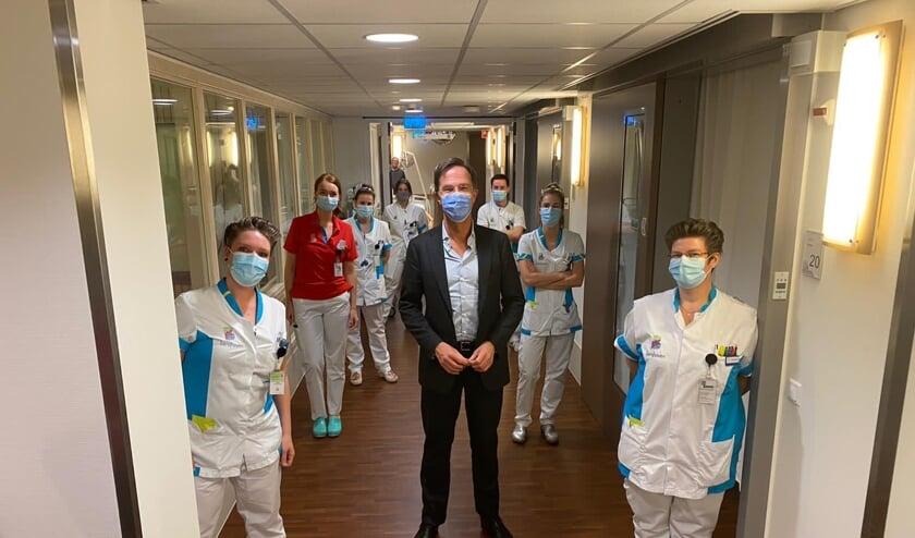 <p>Mark Rutte is trots op het zorgpersoneel.</p>