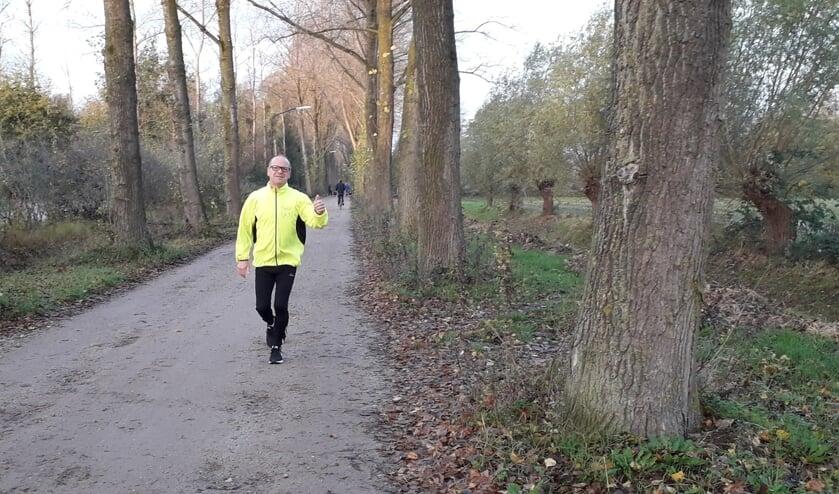 <p>Joost Vlassak, looptrainer in Veghel, doet ook mee.</p>