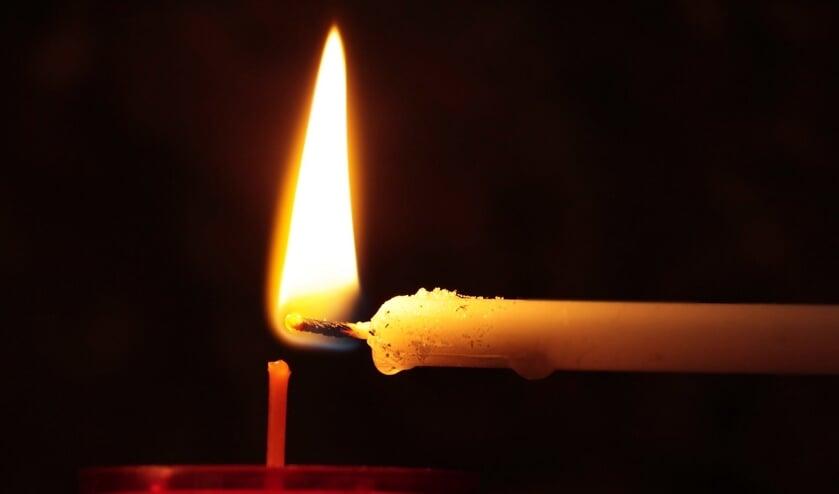 <p>Claassen Uitvaartzorg organiseert dit jaar op zondag 13 december Wereldlichtjesdag.</p>