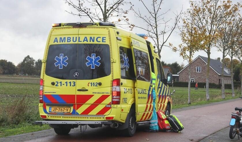 Traumahelikopter opgeroepen na ernstig ongeval in Berghem. (Foto: Gabor Heeres, Foto Mallo)