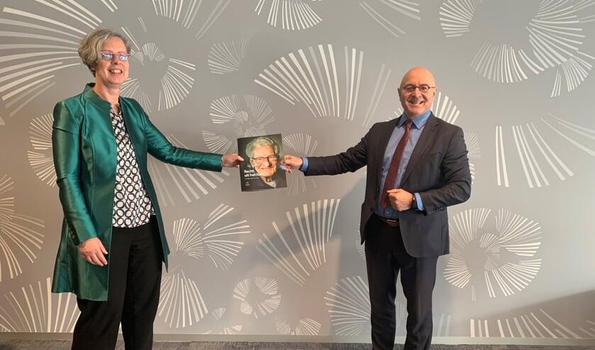 <p>De eerste exemplaren van het magazine zijn aangeboden aan de burgemeesters van Meierijstad, Bernheze en Uden.</p>