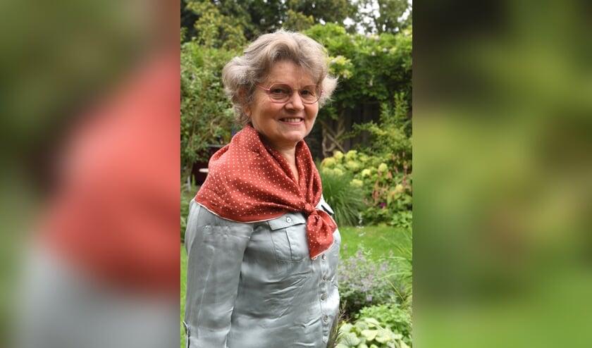 <p>Op haar 62e onderging Anneke Arts - Theunissen een ingrijpende operatie waarna ze haar gehoor weer terugkreeg. (Foto: Ed van Alem)</p>