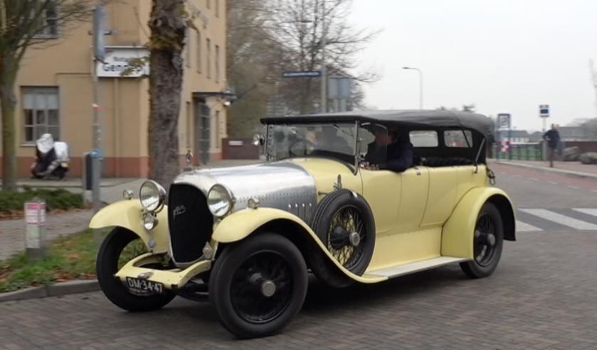 <p>Het exemplaar dat door Gennep reed is geheel identiek aan de record houdende Spyker van 100 jaar terug. (Foto: Ab de Graaf)</p>