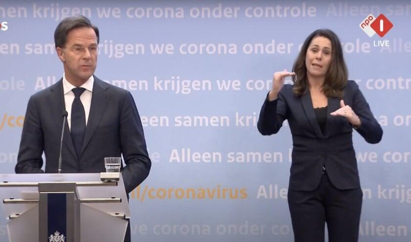 <p>Rutte aan woord tijdens de persconferentie.&nbsp;</p>