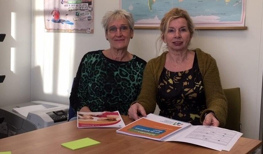 Els Meijer (maatschappelijk werk Sociom) en Josephine Dekkers (sociaal raadslid Sociom)