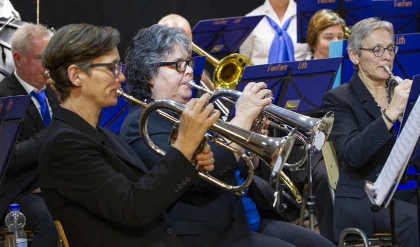 Leden van de Lithse fanfare.