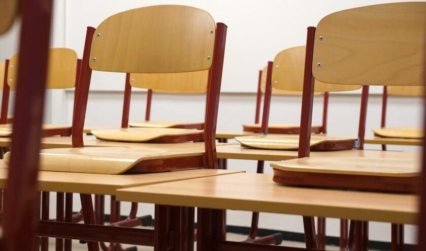 <p>Er wordt onderzocht of de basisscholen vanaf 25 januari weer open kunnen.</p>