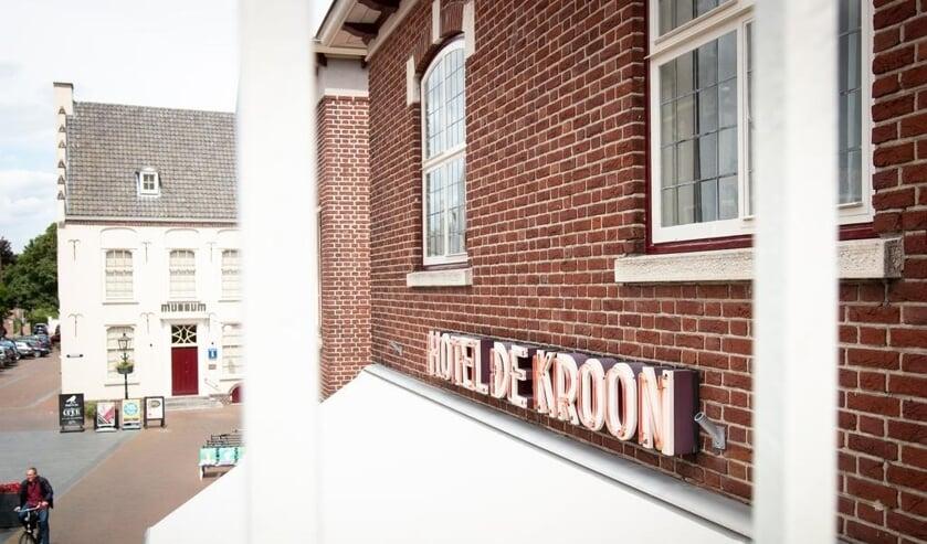 Hotel De Kroon biedt gratis kamers aan voor het zorgpersoneel.