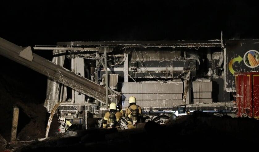 Hoeveel schade de brand heeft aangericht aan de machine, is tot op heden onbekend.