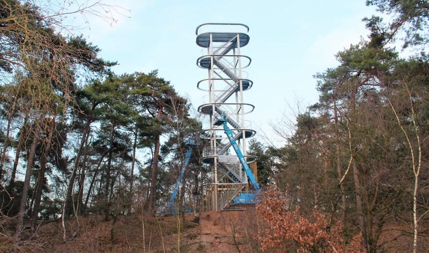 De uitkijktoren in Herperduin.