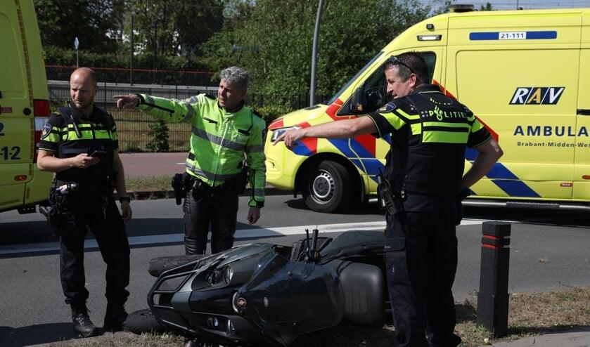 Ongeval op de Gasstraat in Oss. (Foto: Gabor Heeres, Foto Mallo)