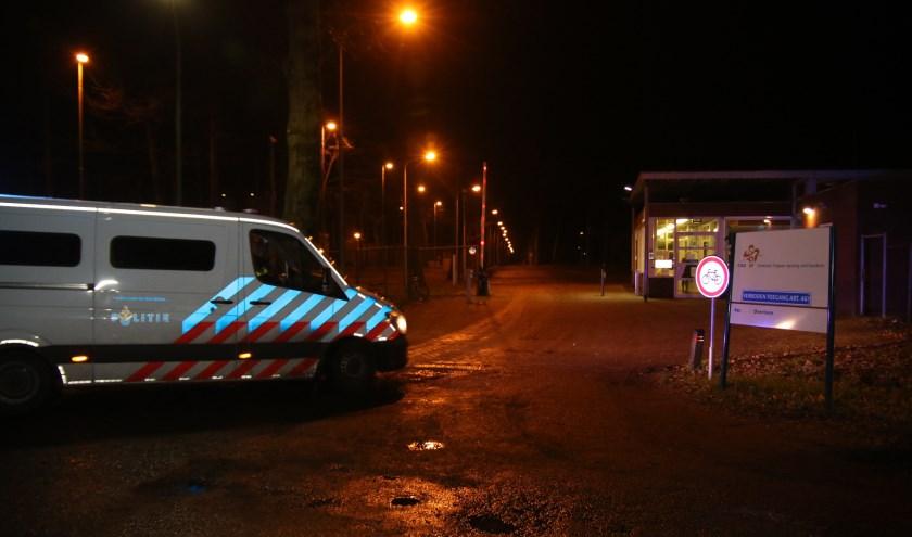 Onlangs hield de politie nog vier bewoners van het AZC in Overloon aan wegens criminele activiteiten.