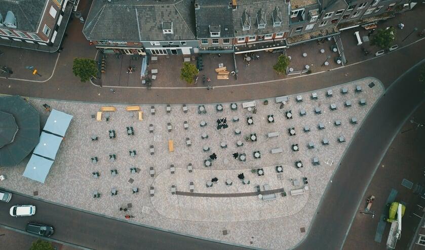 De terrassen op de Markt in Veghel komen er zo uit te zien.