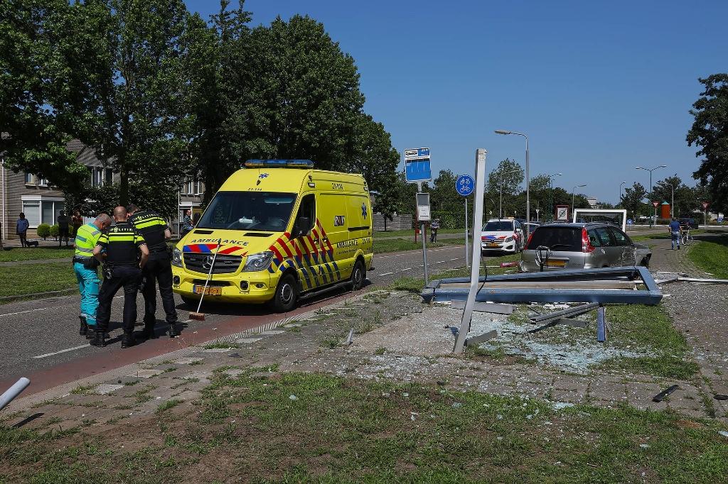 Ongeval op de Schalskampweg. (Foto: Gabor Heeres, Foto Mallo)  © 112 Brabantnieuws