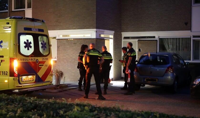 Steekpartij in Merinohof, man gewond geraakt. (Foto: Hans van der Poel)