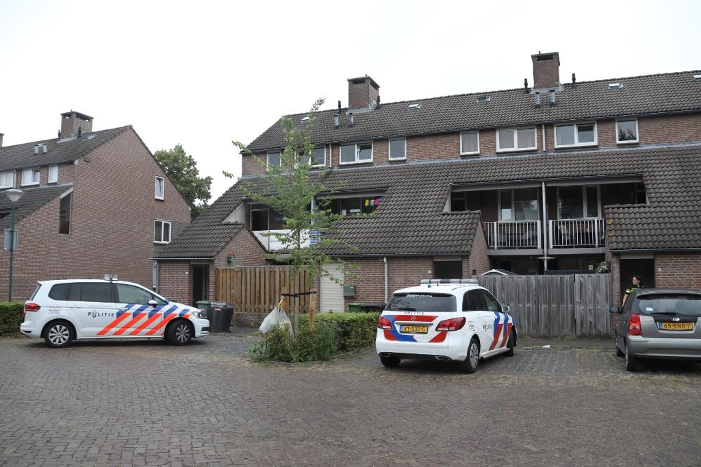 Onderzoek van de politie in de Ludovicushof. (Foto: Gabor Heeres, Foto Mallo)  © 112 Brabantnieuws