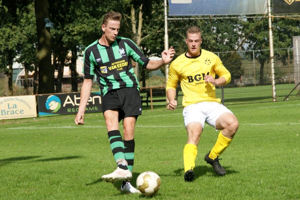 HBV verraste buurman Hapse Boys. Foto: Voetbal-shoot.nl/Jeff Meijs © Kliknieuws Veghel