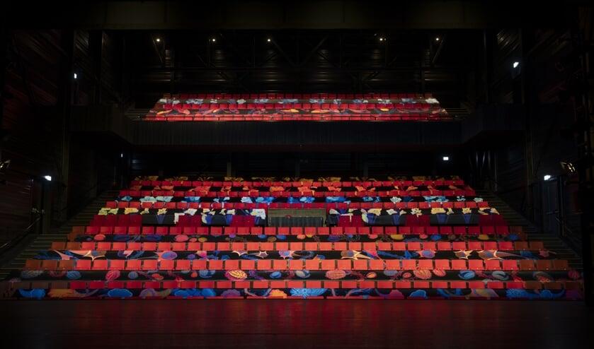 <p>De Grote Zaal van theater De Blauwe Kei blijft voorlopig leeg.</p>