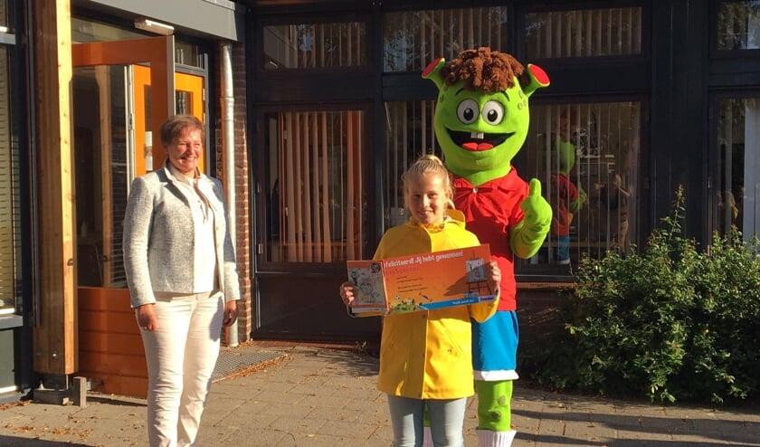 Loes Kerkhof van basisschool De Empel in Erp kreeg prijs voor mooiste tekening.